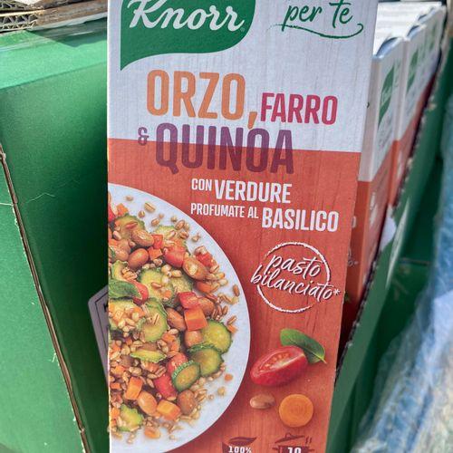 Lot de 400 boîtes de légumes knorr mélangés dlc dépassée