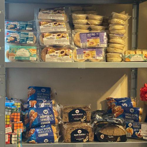 Lot de 500 produits secs pains hamburger, panini, hot dog suivant nos arrivages