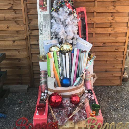 Lot de 170 pièces de Noël