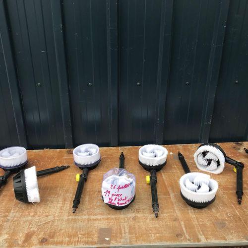 Lot de 19 pièces de brosses de nettoyages types karcher