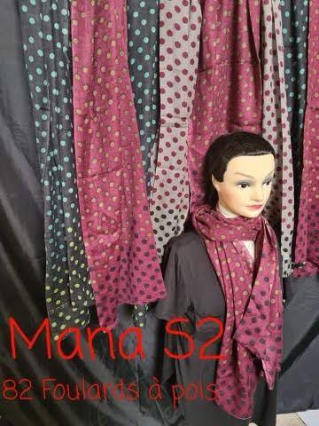 Lot de 30 foulards de qualité
