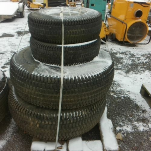 DIV BRIDGESTONE 4 TRACTOR TIRES ON 2008 WHEELS VAT recoverable Observations : FO…