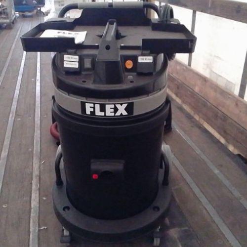 DIV FLEX VACUUM CLEANER BL 50 LITRES NEW ON TROLLEY 220V VAT recoverable