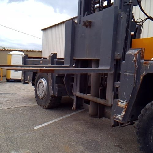 LEV BAUMANN LATERAL TROLLEY GS180 YEAR 1997 9123 HOURS 9123KMS Energy: GO Color:…