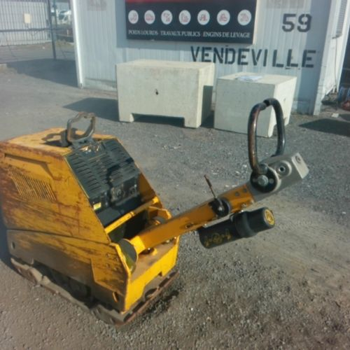 DIV AMMANN DIESEL VIBRANT PLATE 440 KG PQ4 OF 2014 Energy: GO Color: YELLOW VAT …