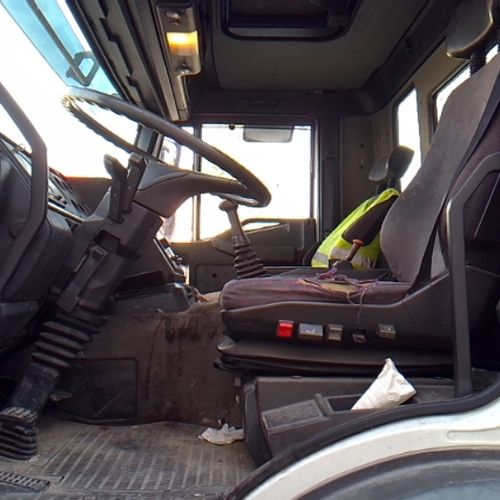CAM IVECO CURSOR BACHE HAYON 19T Dmec: 02/01/2002 679729Kms 21CV Bodywork: PLSC …