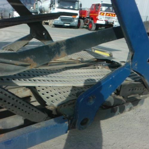 REM LOHR REM 2ESS 18T CAR HOLDER Dmec: 29/06/2000 1Kms Color: BLUE VAT recoverab…