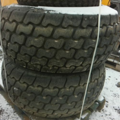 DIV CARLASLE 4 TRACTOR TIRES ON WHEELS OF 2017 VAT recoverable Observations : FO…