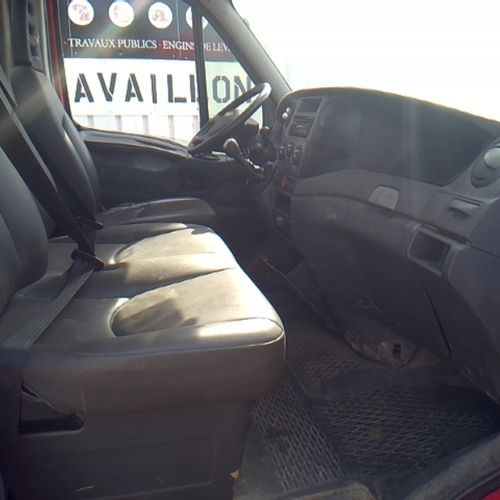 CTTE IVECO DAILY 35C13 2.3 LD 126hp tipper + box Dmec: 19/07/2013 180290Kms 8hp …