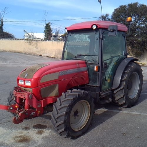 TRA MAC CORMICK AGRICULTURAL TRACTOR F120 YEAR 2013 4743 HOURS Dmec: 23/07/2013 …