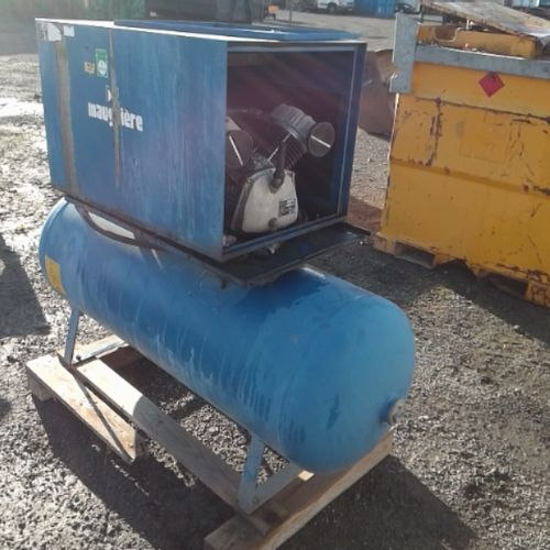 DIV MAUGUIERE FIXED AIR COMPRESSOR 270 LITRES OF 2015 VAT recoverable Observatio…
