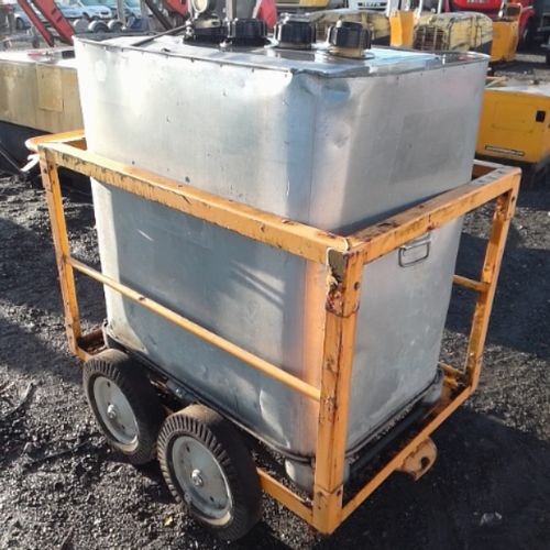 DIV FUEL TANK 700L ON ROLLING TROLLEY VAT recoverable