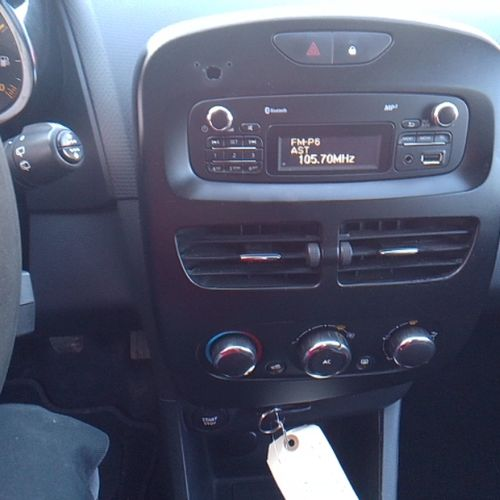 CTTE RENAULT CLIO IV 1.5 dCi FAP eco2 S&S 75CV Dmec: 23/06/2014 127438Kms 6CV Bo…