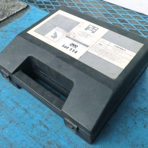 DVD ELASTIC ACCESSORY BELT REMOVAL TOOLBOX DVD ENGINE 1ER