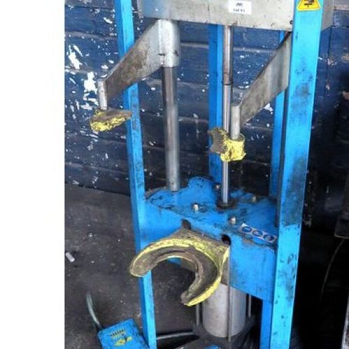 PRESS WITH SHOCK ABSORBERS OF BRAND NAME CLASSIFIED EQUIPMENT. 1ST