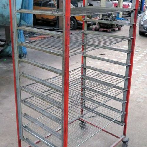ROLLS OR BODYWORK GRID LADDER IN RED AND GREY LACQUERED STEEL, 6 GRIDS ARE ATTAC…