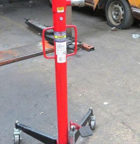 500 KG PIT JACK BRANDED WILTEC MODEL 50795. 1ST