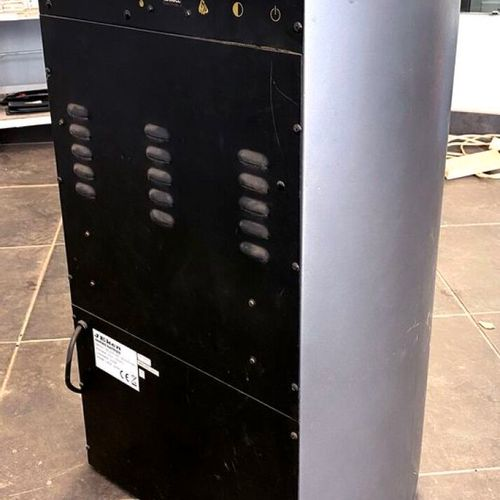 2 RADIATORS INCLUDING 1 OF 2000 WATTS PULSED AIR BRAND JEKEN MODEL ELECTRIC FIRE…