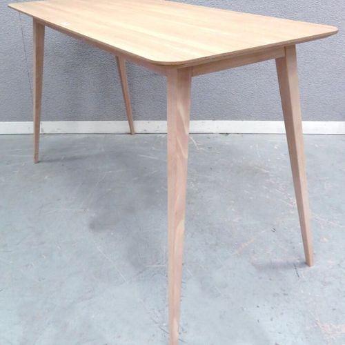 TABLE HAUTE DE STYLE SCANDINAVE EN CONTREPLAQUE A PLACAGE DE CHENE CLAIR. 110 X …