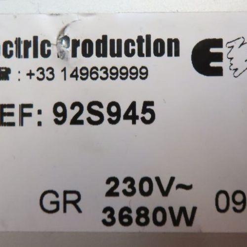 MATERIEL ELECTRIQUE COMPRENANT : 124 NOURRICES A 4 PRISES DE MARQUE MOELLER AVEC…