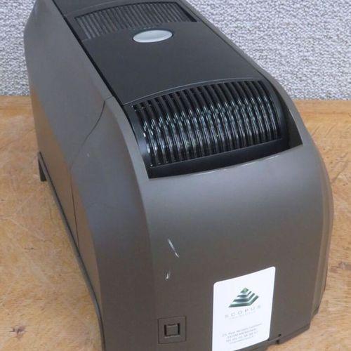 IMPRIMANTE THERMIQUE DE CARTES DE MARQUE DATACARD MODELE CD800 PX30. VENDUE SANS…