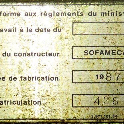 TOUR A METAL DE MARQUE HAULIN SOFAMECA MODELE 428 DE 1987. 150 X 70 CM X 130 CM.