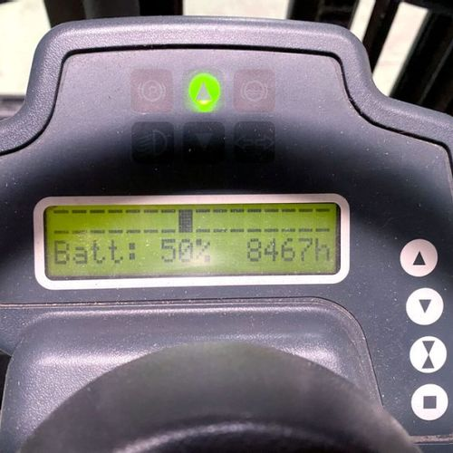 CHARIOT ELEVATEUR JUNGHEINRICH EFG DF 13 450 DZ 2000 KG N° série type : 89921410…