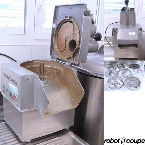 COUPE LEGUMES DE MARQUE ROBOT COUPE MODELE CL50 ULTRA VENDU AVEC 8 COUTEAUX, DON…