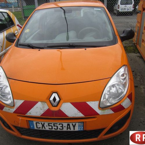 [PR] 	 For professionals only. 	 RENAULT Twingo II (X44) 1.5 dCi 65 hp, 4 seats,…