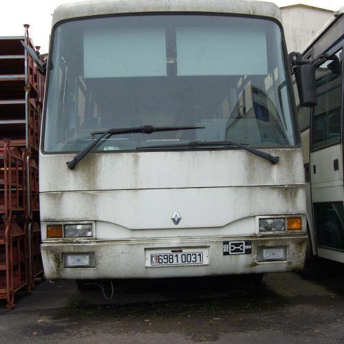 [PR] [ACI]  For professionals only.  Car RENAULT RVI, 36 seats, Diesel, imm. 6…