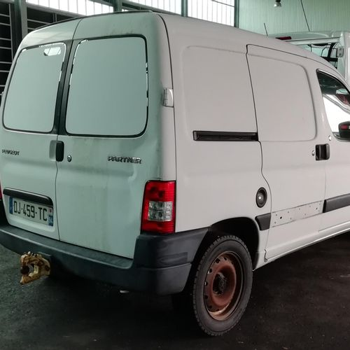 [PR]  For professionals only.  PEUGEOT Partner (M59) Utility 1.6 HDi Van 75 hp…