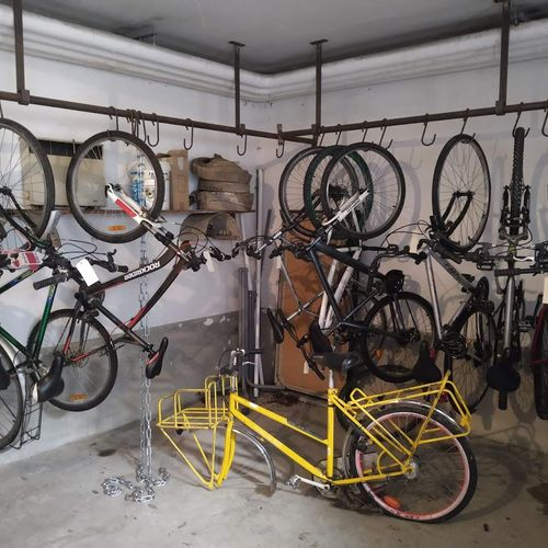 10 bikes of various brands and states to be inventoried including Nakamura, Rock…