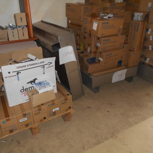 Approximately 2 m3 (figures without guarantee) of cartridges and toners for prin…