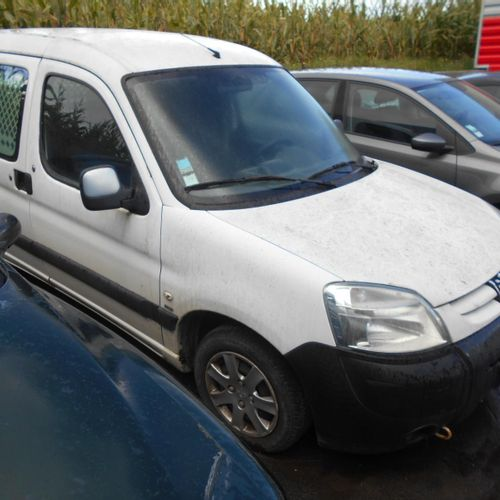 [PR] [ACI] 	 For professionals only. PEUGEOT Partner (M59) Utility 1.6 HDi Van 7…