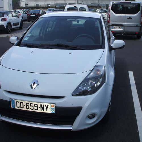 CT] RENAULT Clio III Phase 2 1.5 dCi eco2 75 hp, Diesel, imm. CD 659 NY, type M1…