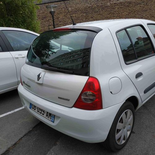 [PR]  For professionals only.  RENAULT Clio II Phase 2 Campus 1.2 i 16V eco2 7…