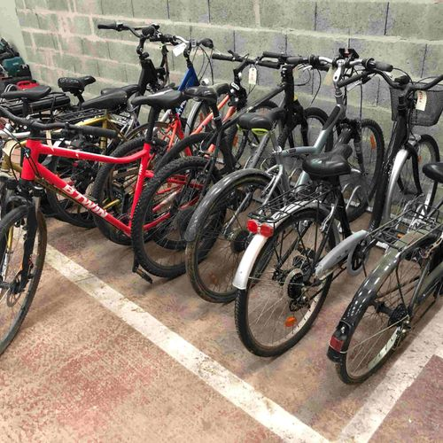 10 bikes of various brands and states to be inventoried including Micmo, Basic s…