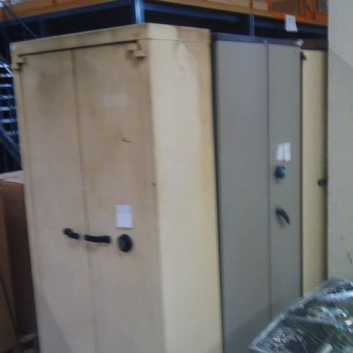 5 ACIAL security strong cabinets, 780 litres, 2 doors, electronic lock, 1 to be …