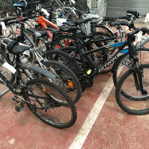 10 bikes of various brands and states to be inventoried including B'twin, Rockri…