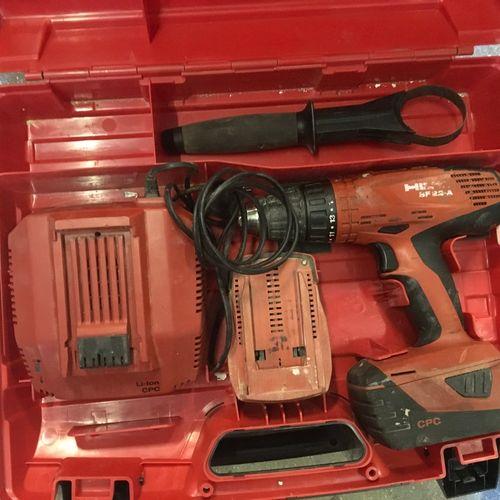 1 Visseuse sans fil HILTI SF22A 2 batteries 1 chargeur