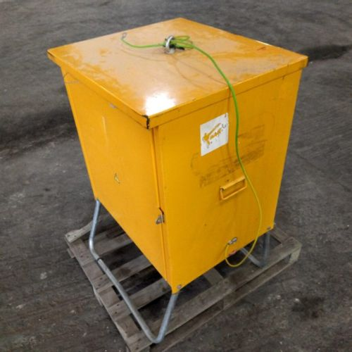 STANDARD SITE CABINET ELEKTRA AVEV 60/4.2 13 2007 Year: 2007 Colour: YELLOW Rema…