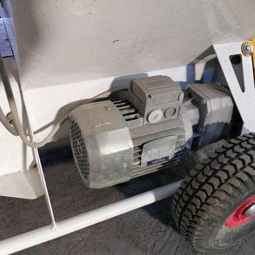 CARDEUSE SOUFFLEUSE DE OUATE DE CELLULOSE 230V 770KG/HEURES VOLUMAIR TURBISOL 11…