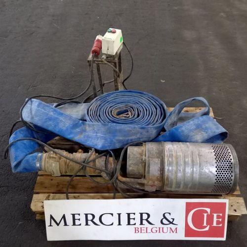 POMPE IMMERGEE 150 M3/H GRINDEX MAJOR N 2008 Année : 2008 Energie : EL Couleur :…