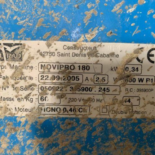 BETONNIERE ELECTRIQUE 230V CAPACITE 140L ALTRAD NOVIPRO 180 2005 Année : 2005 En…