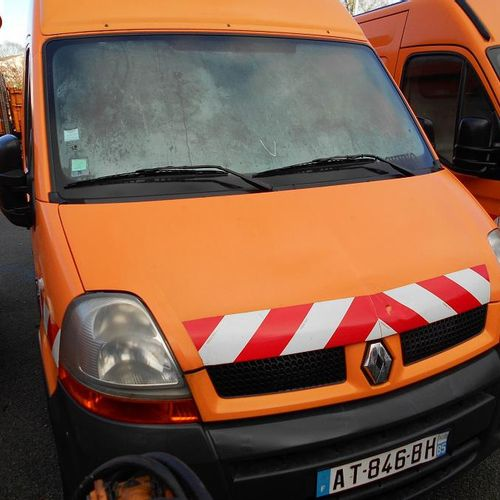 RP] Reserved for professionals: RENAULT Master II phase 2 2.5 dCi Van 115hp Dies…
