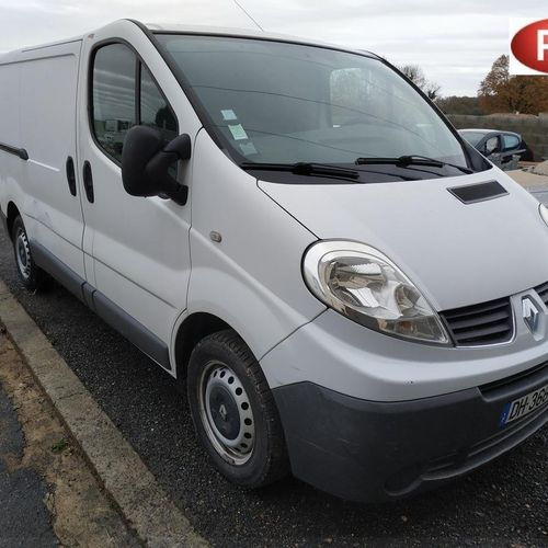 RP][ACI] 'Reserved for professionals' RENAULT TRAFIC Diesel 3 seats, imm. DH 366…