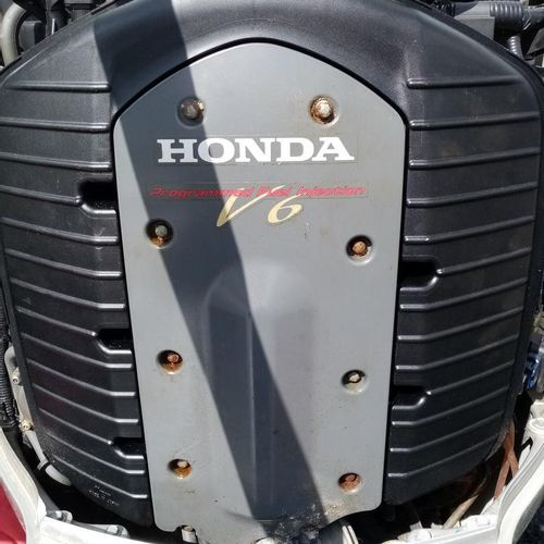 HONDA BF 225A VTEC outboard engine, year 2009, power: 165,5 kW, weight: 267 280 …