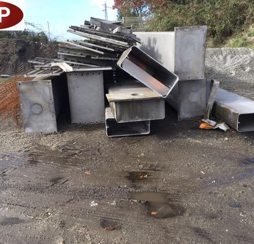 [RP] Reserved for professionals Approximately 6 tonnes of various metal products…