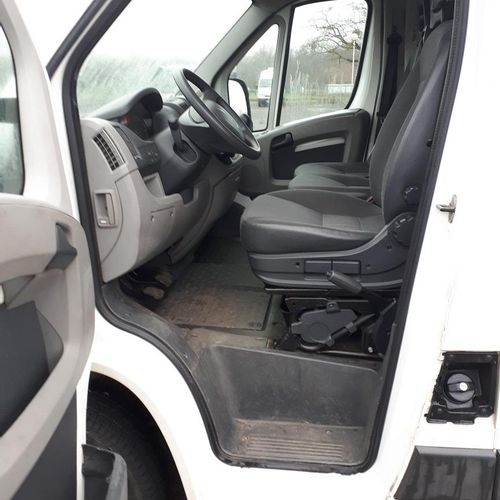 RP] 'For professionals only' PEUGEOT BOXER 333L1H1 2.2 HDi CONFORT Diesel 3 seat…
