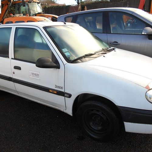 PR] For professionals only: CITROEN Saxo Essence, imm. AP 331 DC, type MCT1002BN…